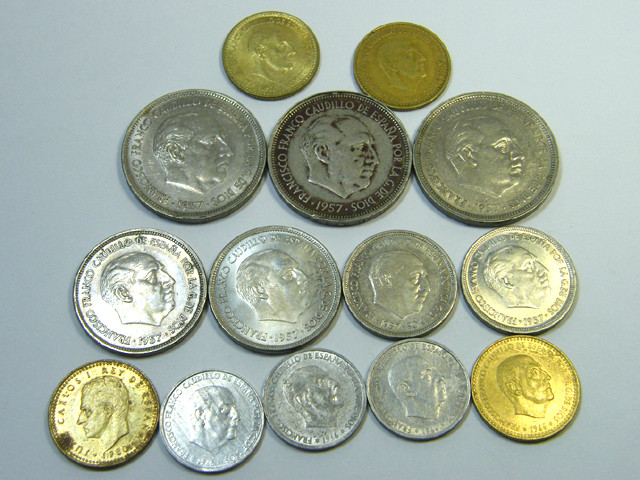 PARCEL 14 MIXED SPANISH COINS 1957+  J 48